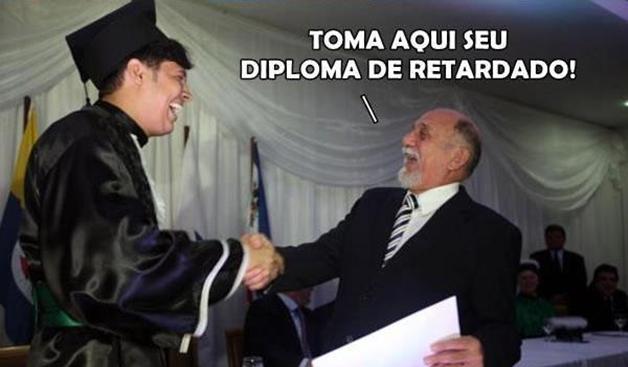 diploma-idiota-retardado